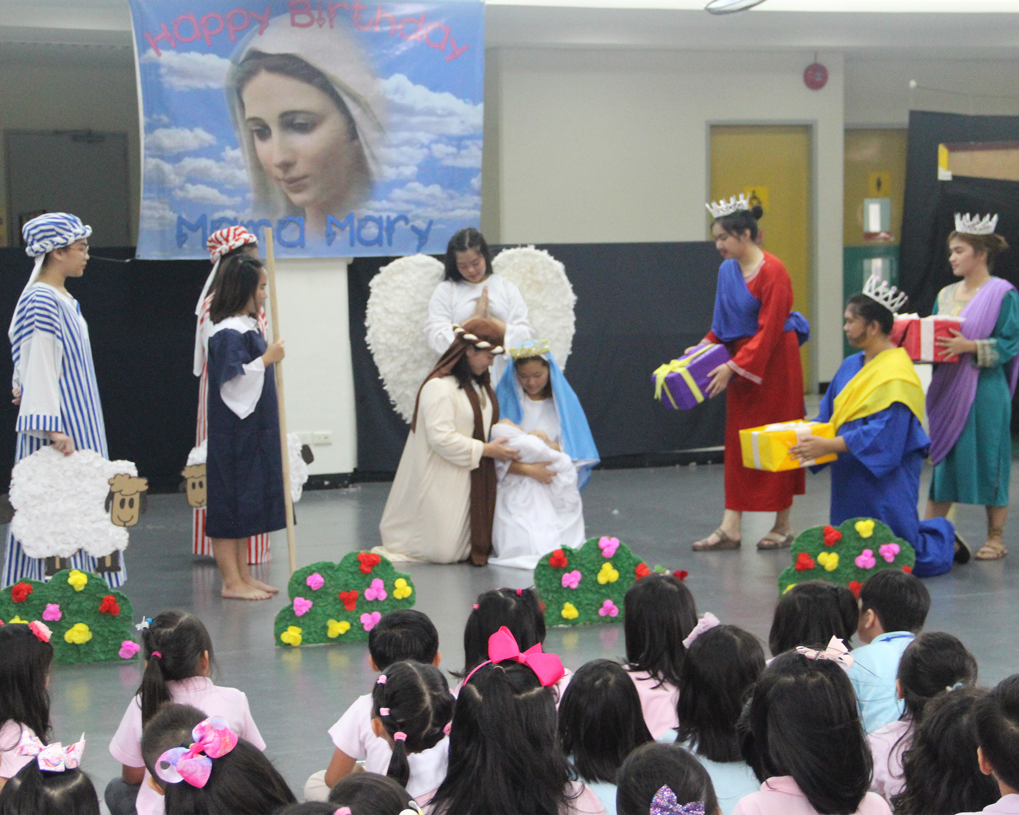 CSC celebrates Mama Mary on College Week
