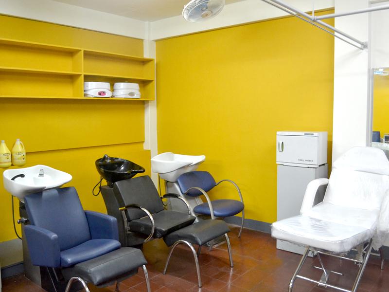 Beauty Care Salon