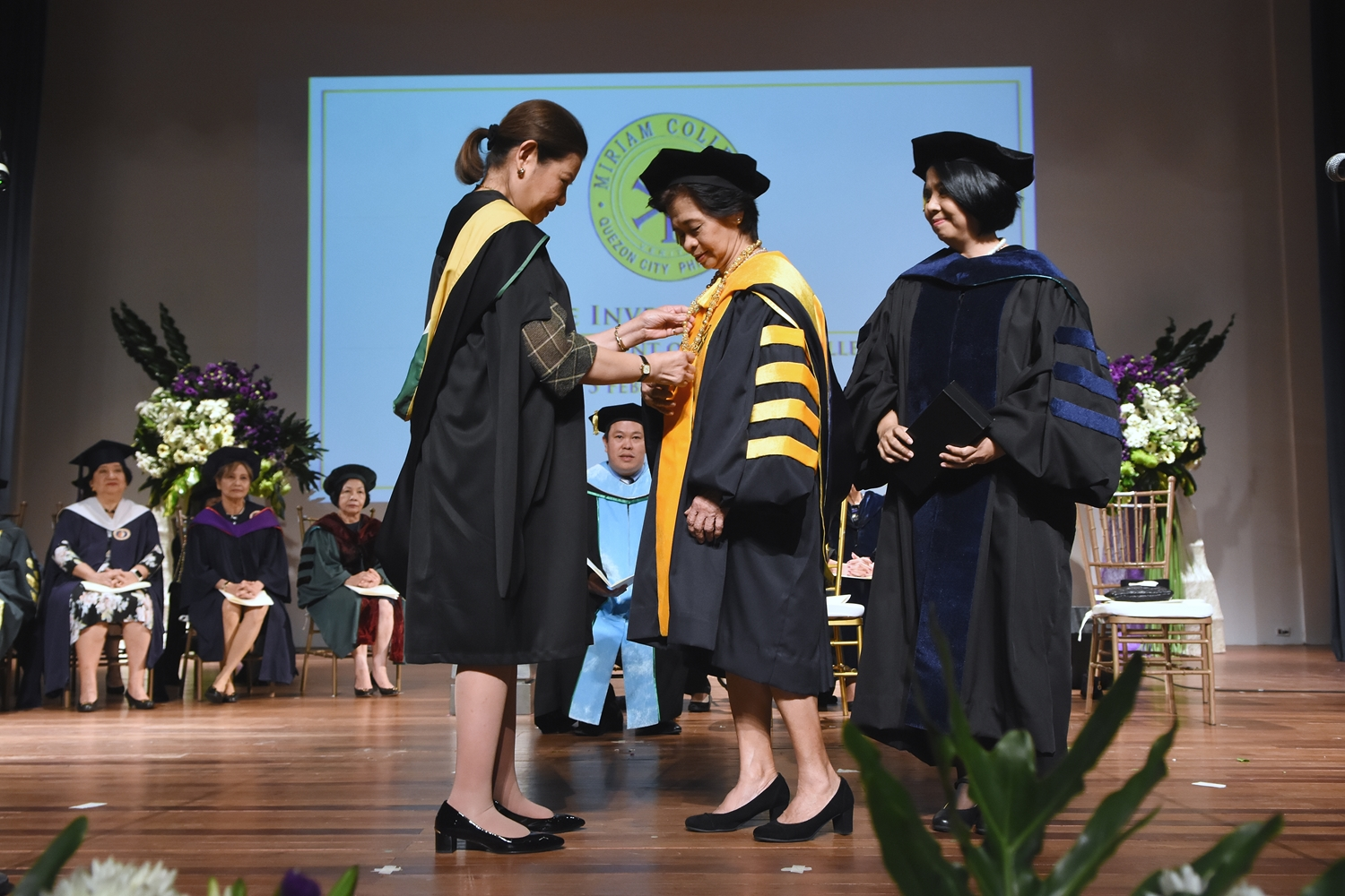 Presentation of the Presidential Medallion  |  Edith I. Alcantara Vice Chairperson, Board of Trustees