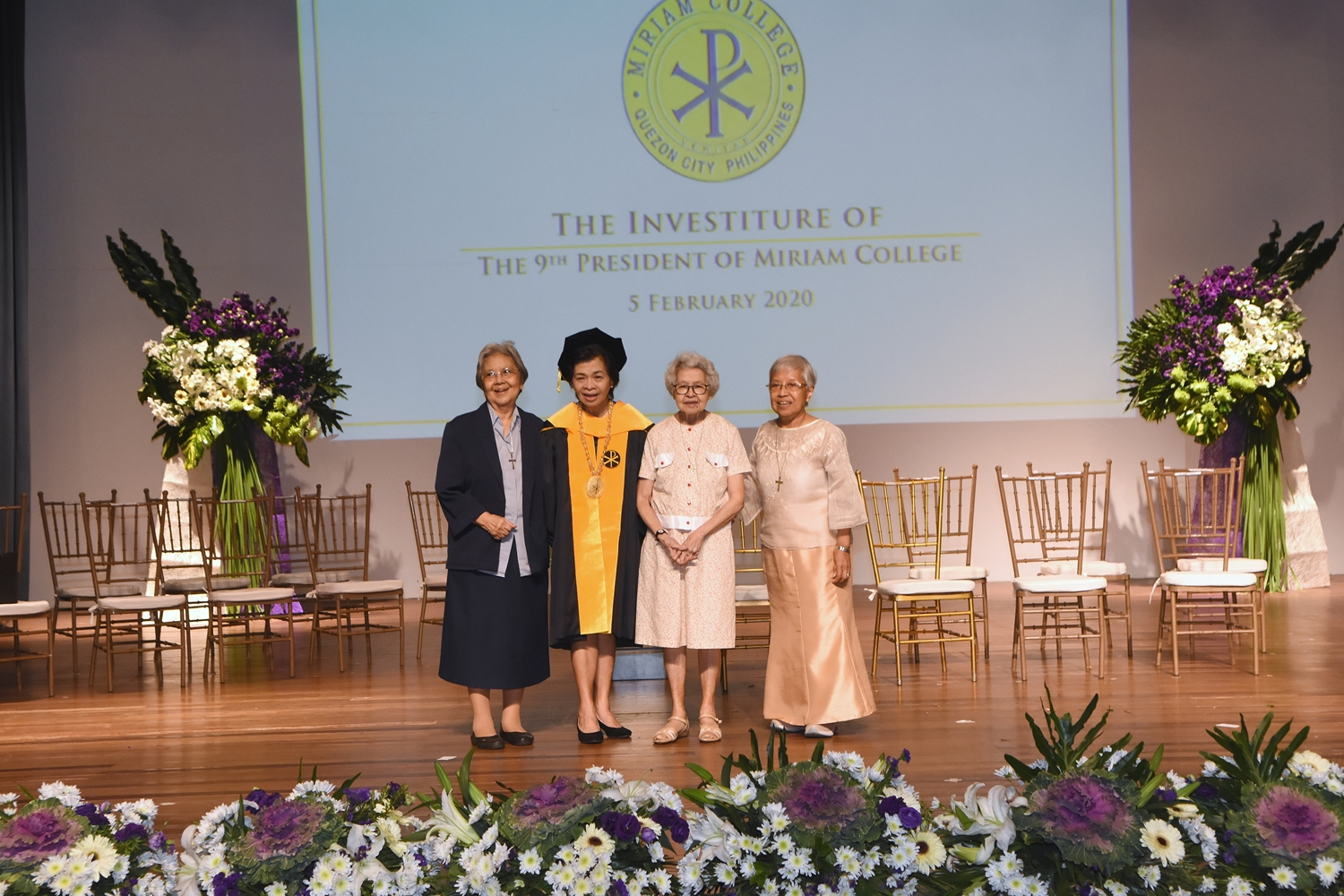 Amb. Del Rosario with Maryknoll Sisters