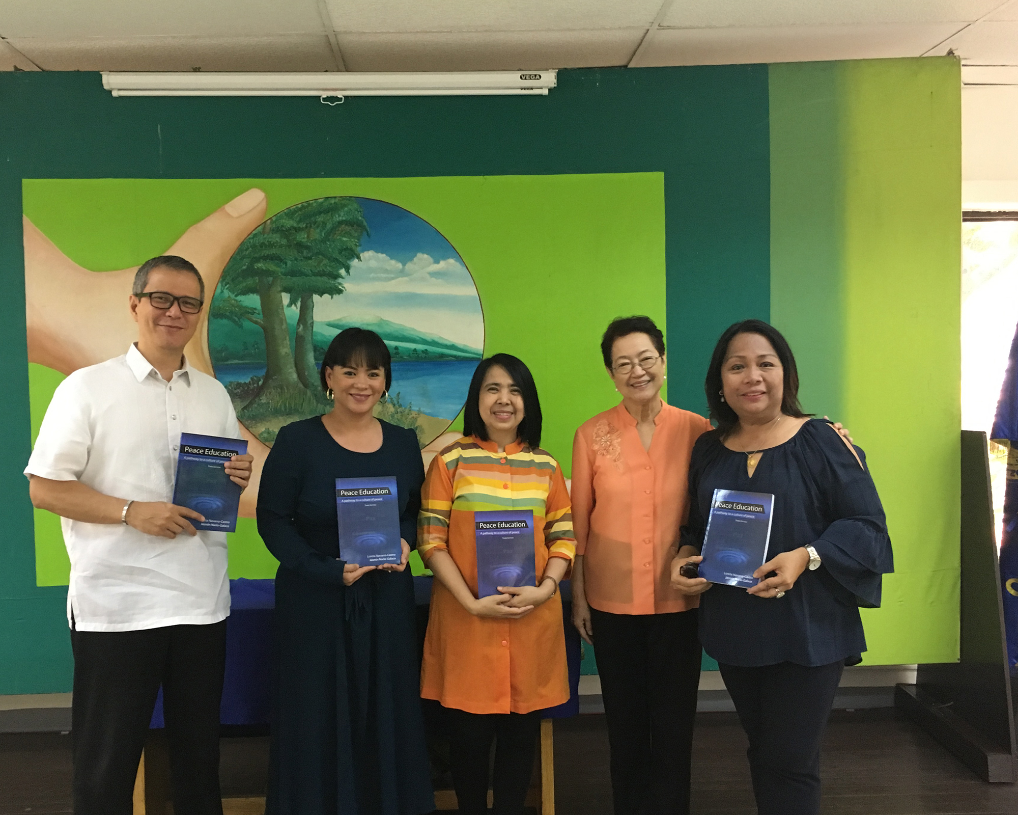 CPE conducts workshop for Philippine colleges of education; launches book